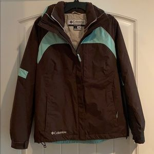 Columbia Womans (M) 2 in 1 water resistant jacket